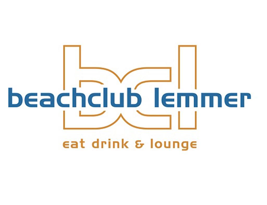 Boot-Huren-En-Dineren-Aan-Boord-Beachclub-Lemmer-5